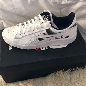 NEW ASICS TIGER 90 years of Mickey Disney shoes